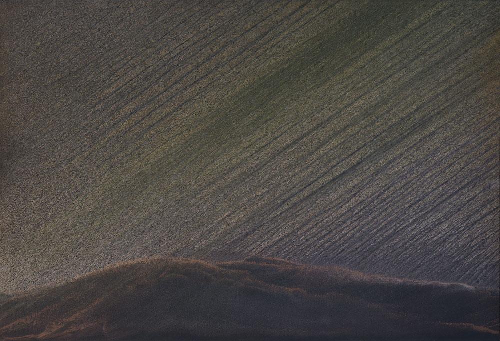 Le forze_2019_olio e polvere di bronzo e alluminio su carta abrasiva su tela_80x142cm