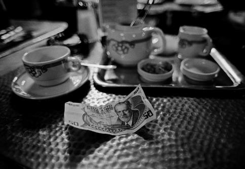 AUSTRIA, Wien. Freud on a banknote.(c) Ferdinando Scianna/Magnum Photos.