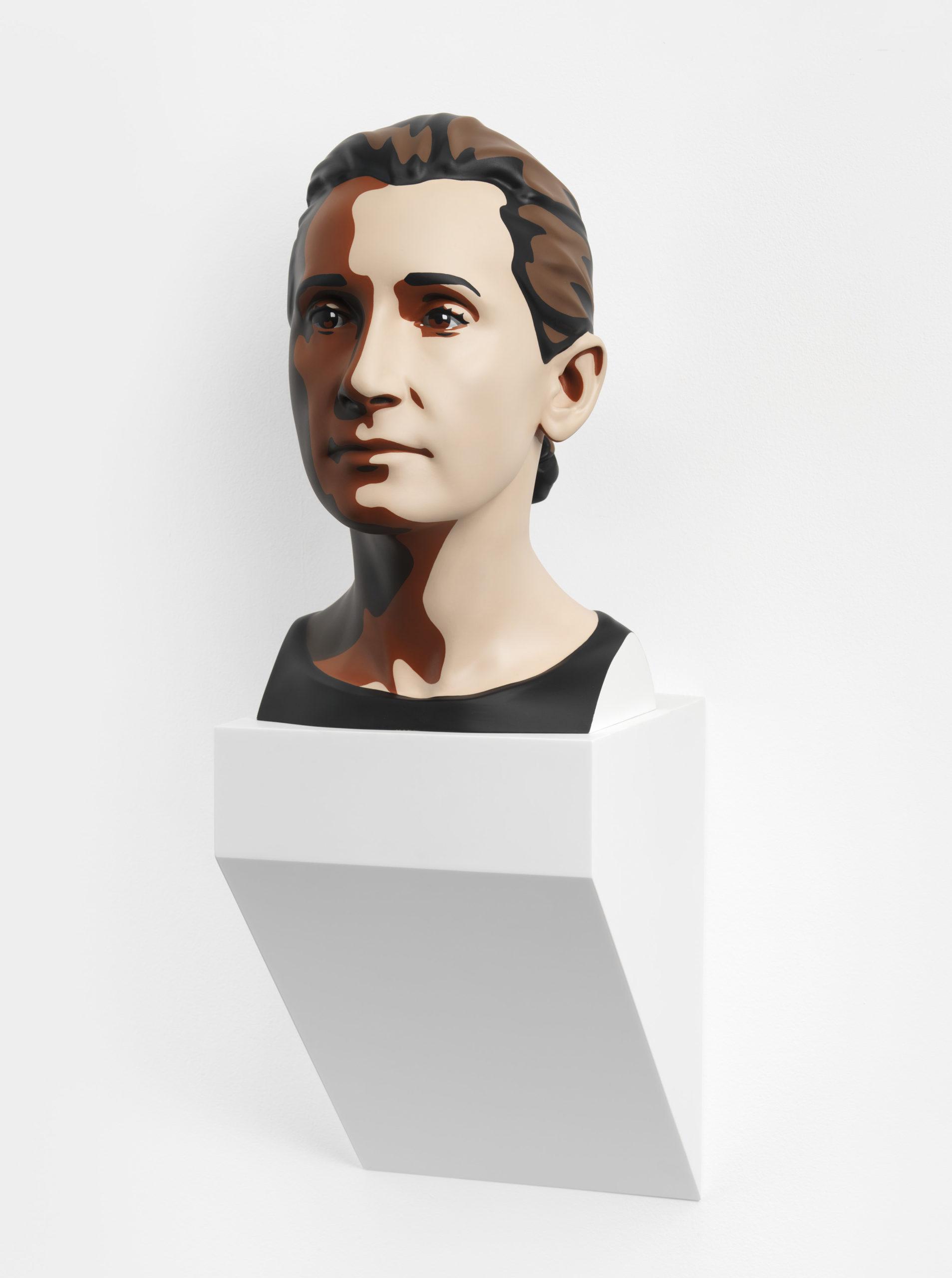 """""""Delphine 2"""" 2012, stampa digitale su resina e base in corian, 47 x 28 x 38 cm"""