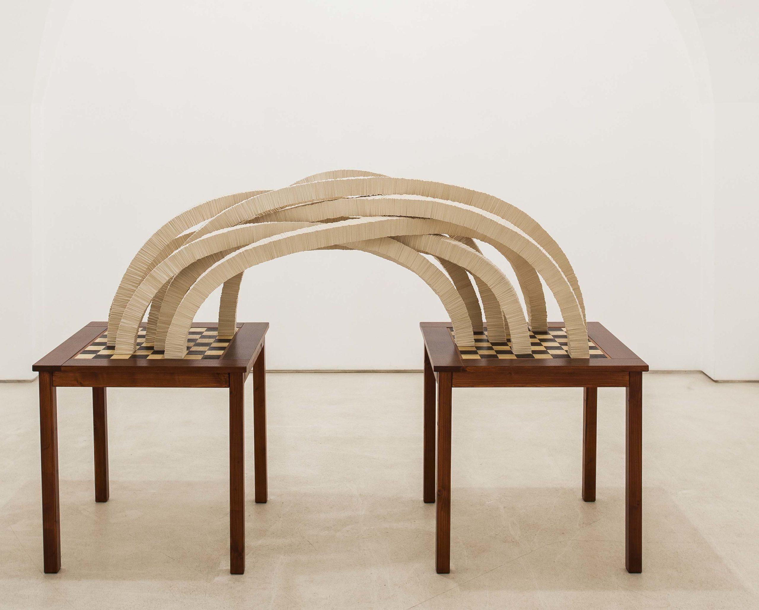 """""""Motus loci"""" 2015, n° 2 tavolini/scacchiere in legno, cartonlegno e ferro, 198 x 69 x 130 cm"""