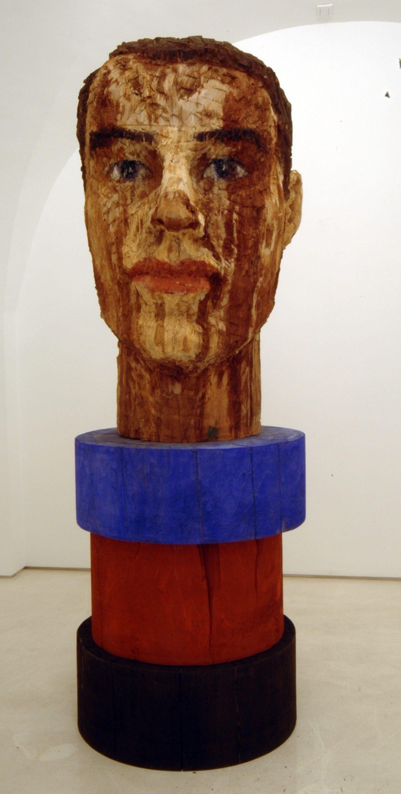 """""""Senza titolo"""" 2008, scultura in legno wawa dipinto, 120 x 80 x 70 cm"""
