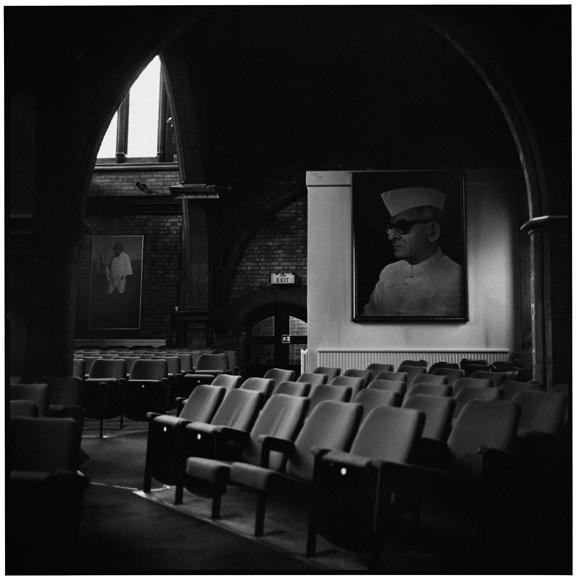 """BVB, London"" 2000, fotografia 25 x 25 cm"