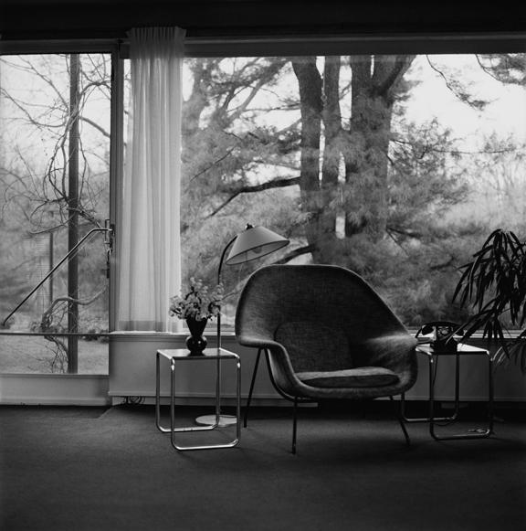 """""""Gropius house chair Lincoln"""" 2005, fotografia 25 x 25 cm"""