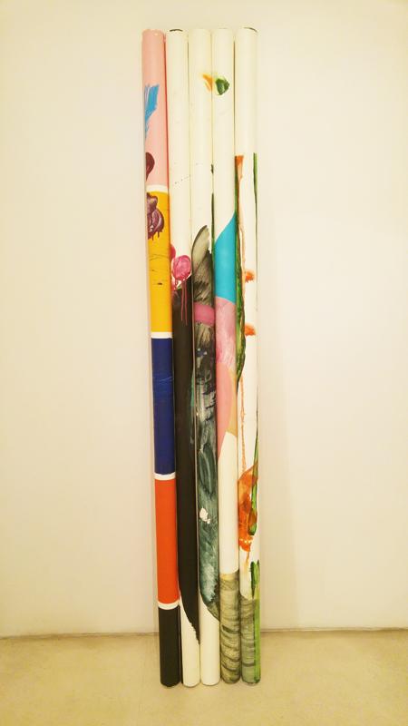 """""""Le cose non mi hanno aspettato IT"""" 2014/16, acrilico e vernice spray su tela di lino, h. 200 cm"""